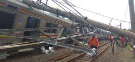 Anjloknya Kereta Commuterline di Cilebut-Bogor