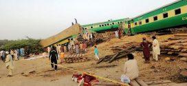 Tabrakan Kereta di Pakistan, 11 Tewas