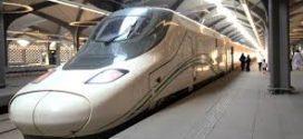 Menikmati Kereta Cepat Makkah-Madinah