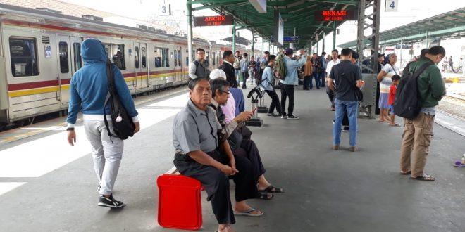 Toilet Stasiun Cawang Segera Indah