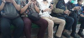 Wajib Masker di Kereta Commuterline