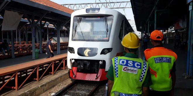 Kereta Bandara dari Stasiun Manggarai, Mulai Pukul 05.10.
